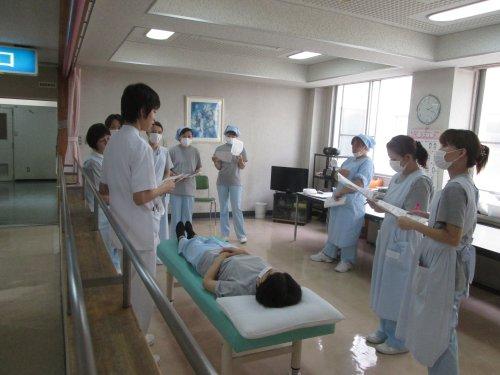 看護助手勉強会  体位交換とポジショニング 2